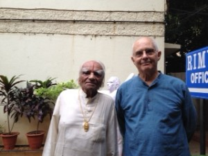 shri-bks-iyengar-and-philip-goldberg